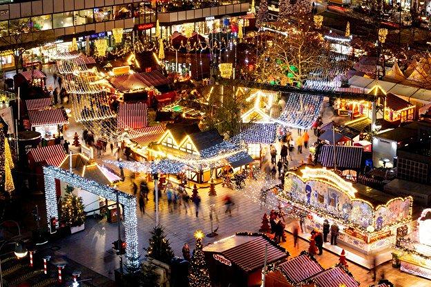 Name:  weihnachtsmarkt.jpg Hits: 80 Größe:  123,1 KB