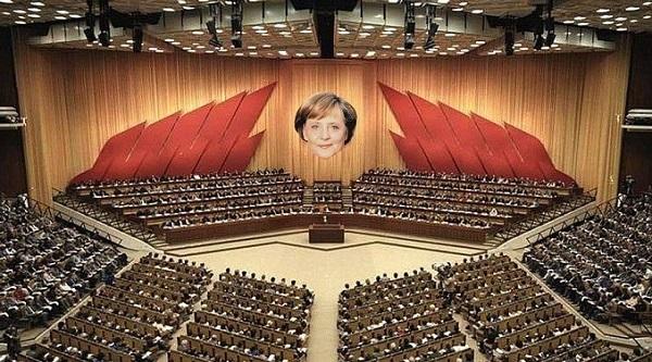 Name:  p2 Merkel DDR Palast der Republik (600).jpg Hits: 32 Größe:  124,6 KB
